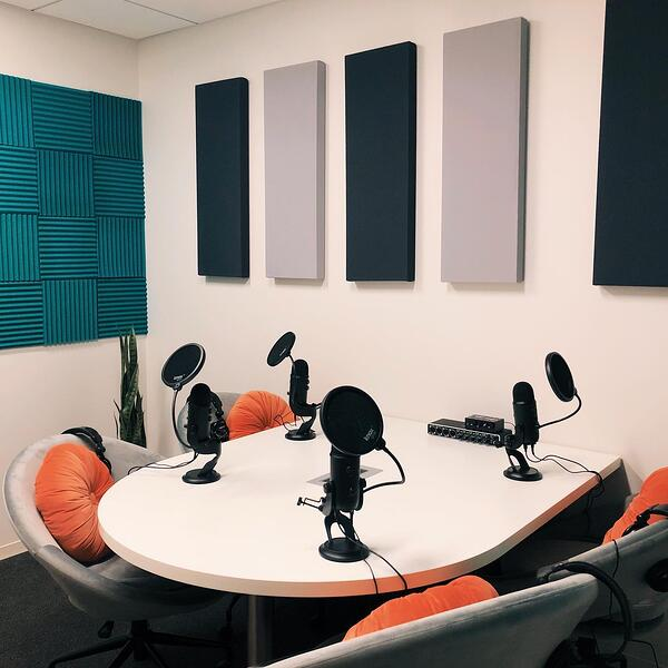podcast-studio-advantedge-workspaces-chevy-chase