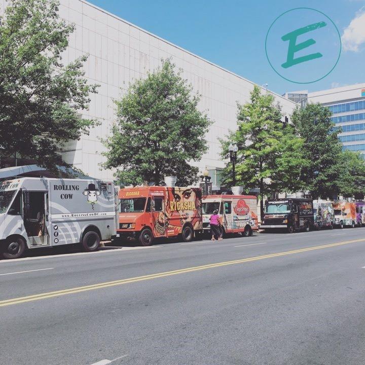 Food Trucks w logo